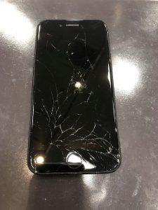 iPhone7 ガラス 画面 割れ 破損 交野市